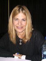 Linda-HAMILTON