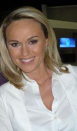 Cécile DE MENIBUS
